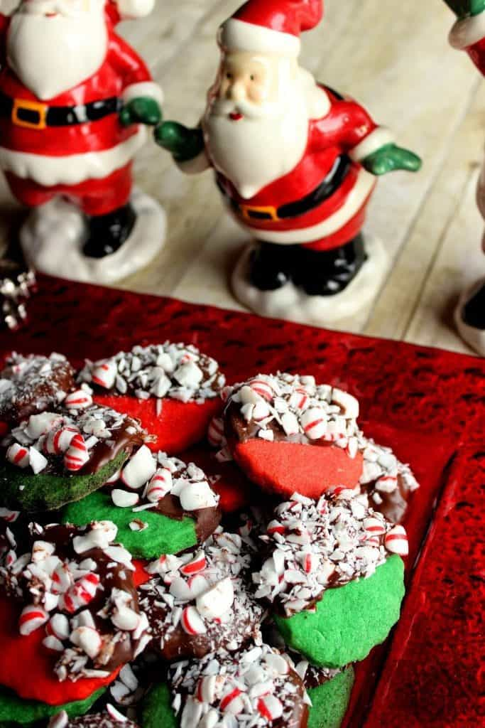 These Peppermint Shortbread Cookies will be the star of any cookie platter. They're all dressed up and ready to party! - kudoskitchenbyrenee.com