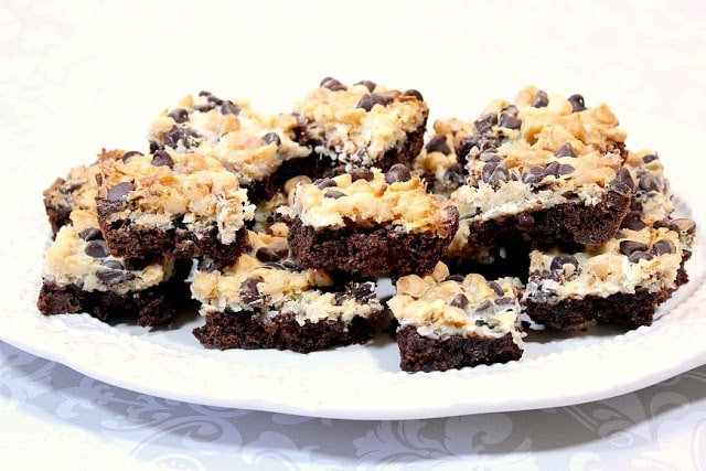 Magic Coconut Brownie Bars with Macadamia Nuts - www.kudoskitchenbyrenee.com