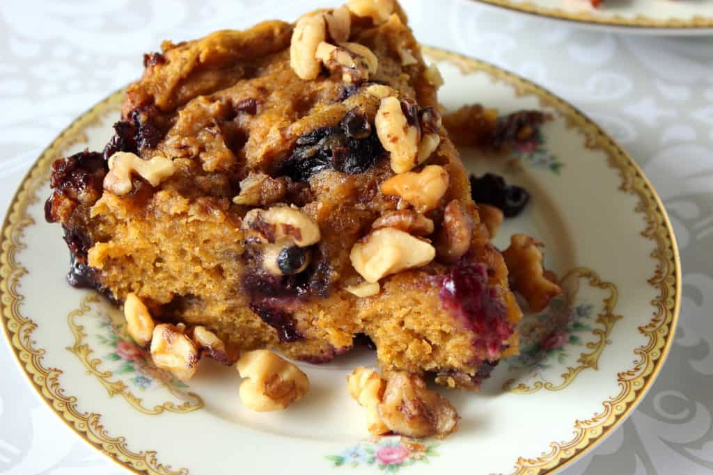 Slow Cooker Pumpkin and Blueberry Cake - www.kudoskitchenbyrenee.com