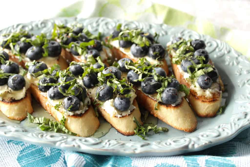Blueberry Bruschetta with Goat Cheese and Basil