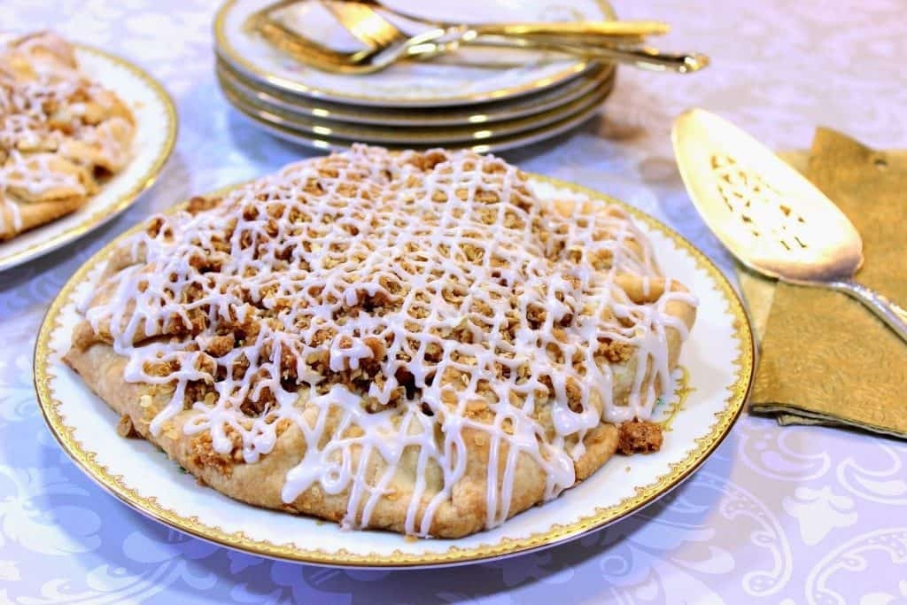Rustic Apple Crostata - www.kudoskitchenbyrenee.com