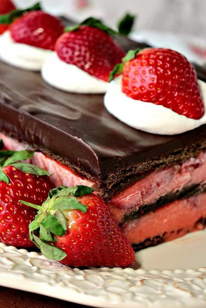No Bake Chocolate Strawberry Pudding Cake is an easy and impressive dessert which features in-season fresh and juicy Florida grown strawberries. - www.kudoskitchenbyrenee.com