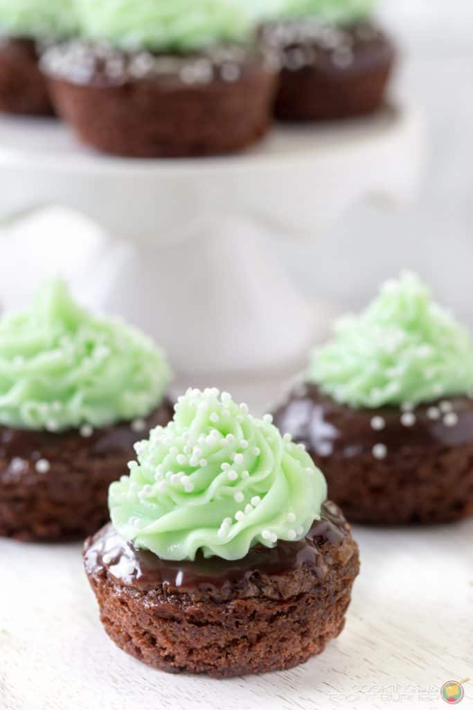 St. Patrick's day recipe image for a popular roundup post.