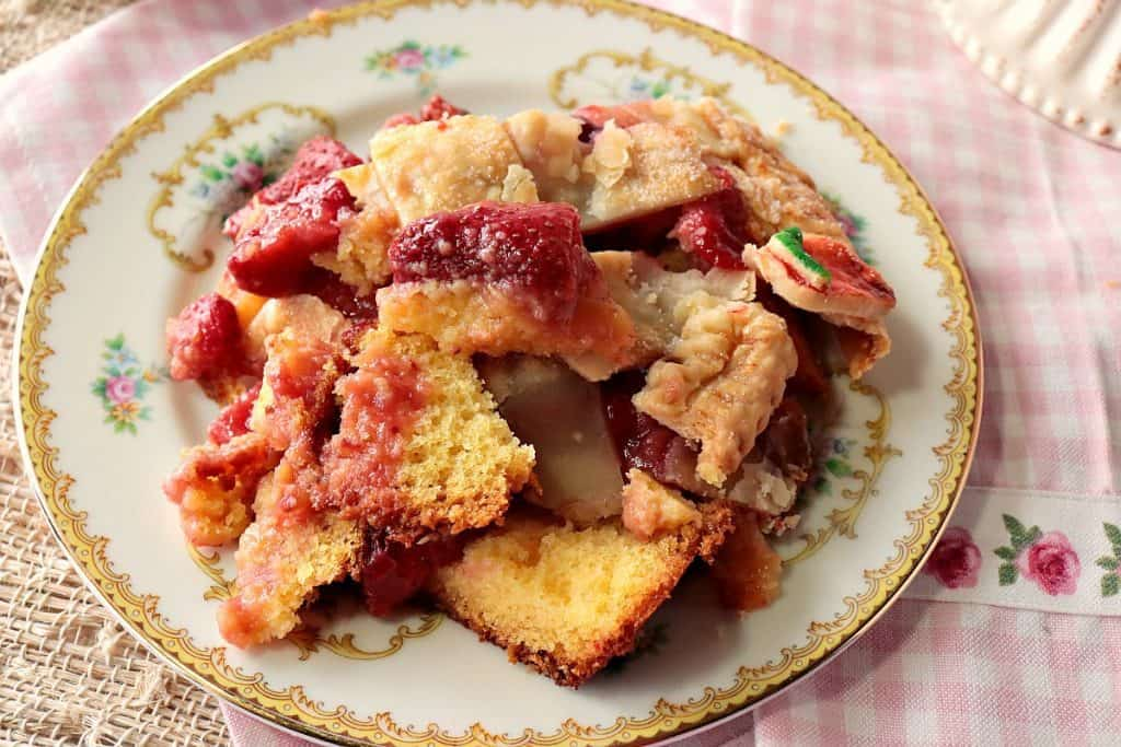 Surprise Strawberry Orange Pie Cake with Cute Lattice Pie Crust Topping - www.kudoskitchenbyrenee.com