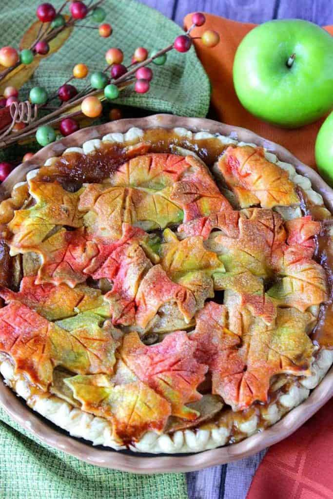 Amazing Apple Recipe Roundup 2018 for Friday's Featured Foodie Feastings. - kudoskitchenbyrenee.com