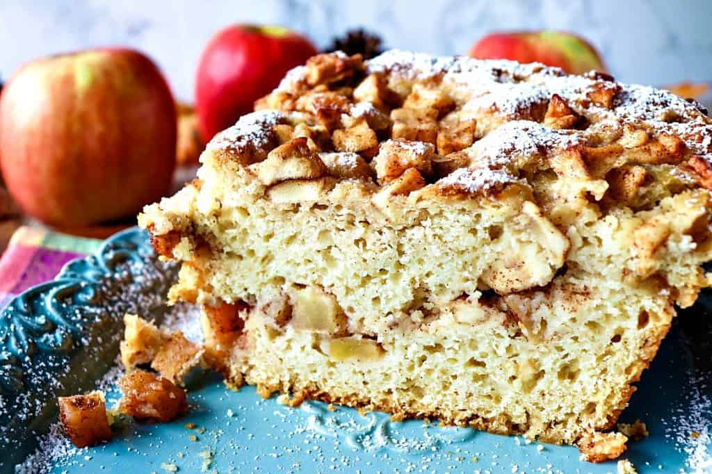No-Knead Apple Yeast Bread with Cinnamon & Sugar - kudoskitchenbyrenee.com